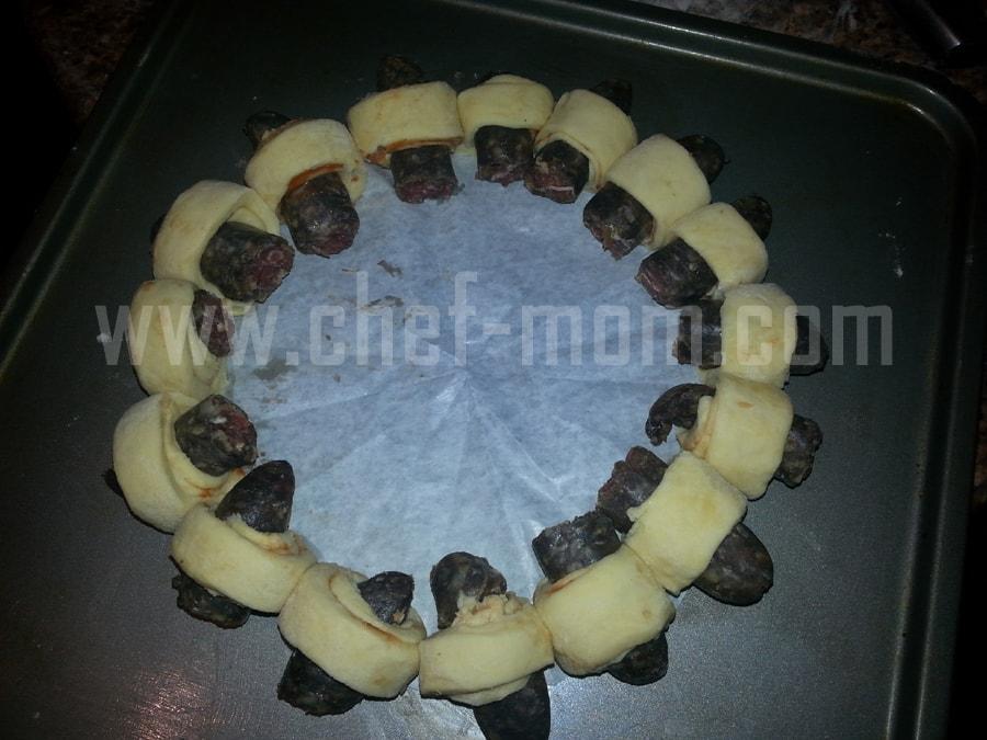 mini sausage wreaths 7