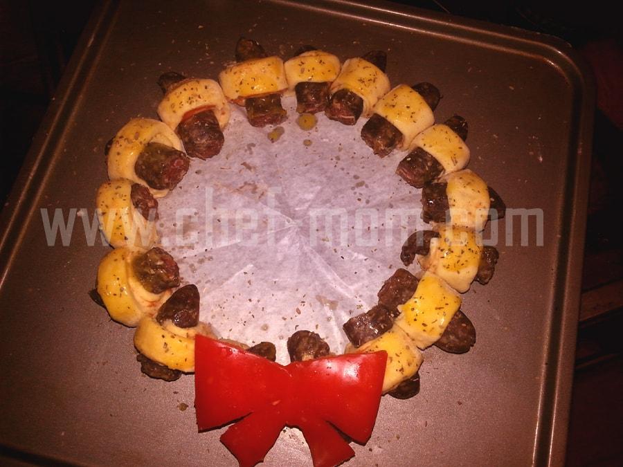 mini sausage wreaths 9